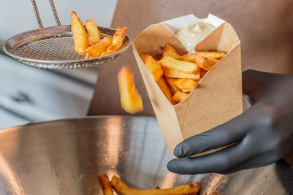 Chip 'n Dip Table Top frietbakje met sausvak van Fonkels